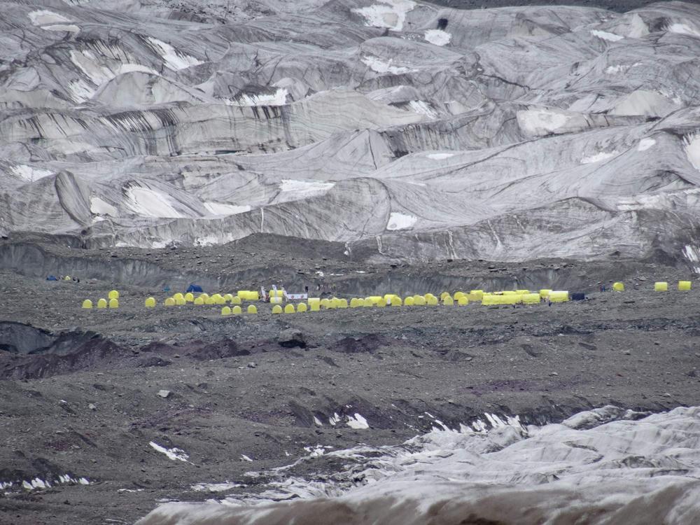 Khan Tengri - 7 010 m n.m. a678b4af7ec